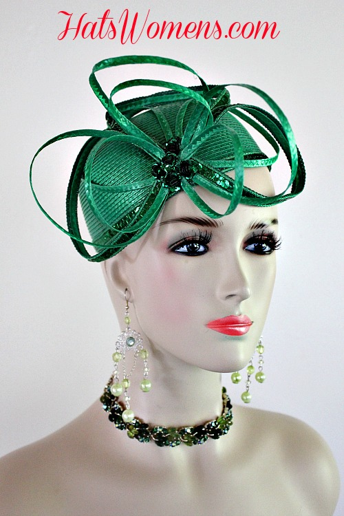 b81ed110b30 Women s Kelly Green Cocktail Hat Wedding Pillbox Cloche Formal Couture  Bridal Hats Custom Headpiece